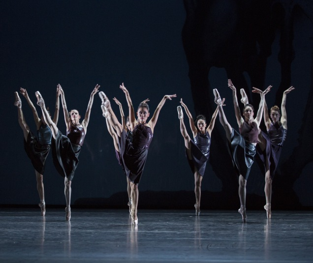 """Ballett am Rhein Düsseldorf/Duisburg b.29 """"Konzert für Orchester"""" ch.: Martin Schläpfer"""