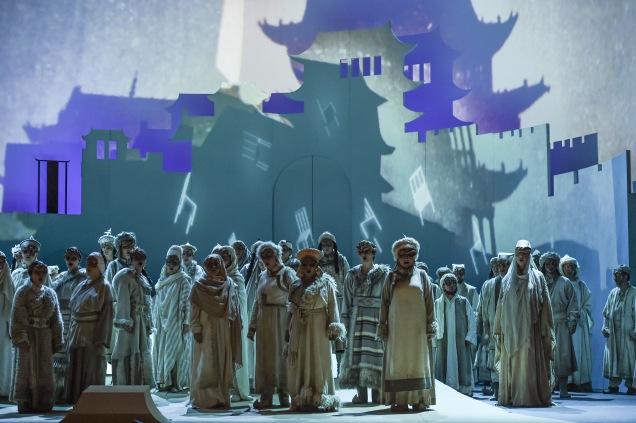 Turandot_02_FOTO_HansJoergMichel.jpg